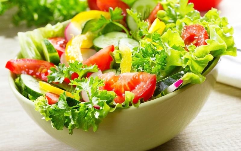 giam can nhanh bang salad hang ngay