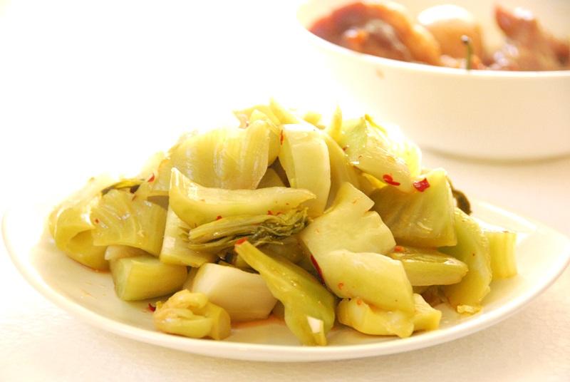 Mách nhỏ những loại rau làm dưa muối chua giòn siêu ngon dịp Tết