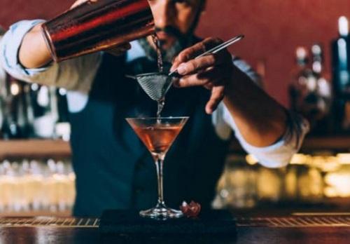 Khám phá mùi vị cơ bản trong pha chế đồ uống cocktail.