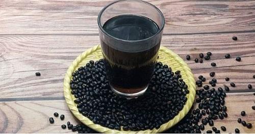 Nước đậu đen rang có những tác dụng gì tốt?
