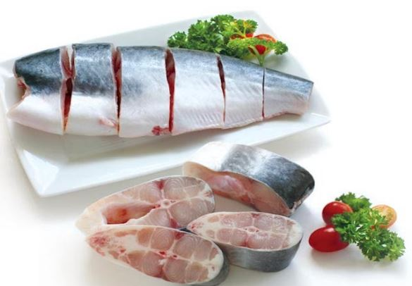 Cách làm cá basa kho tộ với sả, thơm, thịt ba chỉ thơm ngon