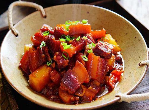 Bật mí tuyệt kỹ nấu thịt heo kho tiêu ngon chuẩn vị